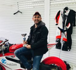 moto02